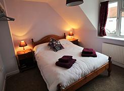 April Cottage, Wells, Norfolk. Self-Catering Cottage Double Bedroom